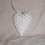 Silver Spotted Heart H007